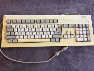 AmigaCommodoreKeyboard.jpg